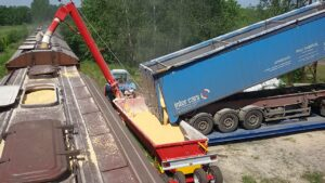 фото-6-завантажувач вагонів Ковчег